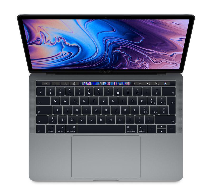 L'immagine raffigura un MacBook aperto